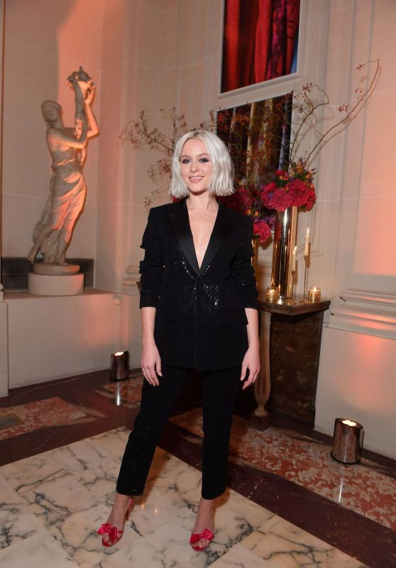 Zara Larsson – YouTube Cocktail Party, Paris Fashion Week 09/26/2018