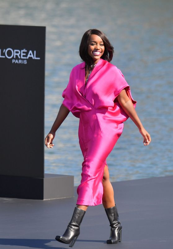 Aja Naomi King Walks L'Oreal Fashion Show in Paris 09/30/2018