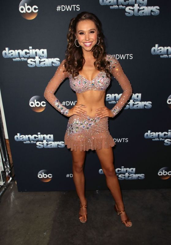 Alexis Ren - Dancing with the Stars Season 27 at CBS Televison City in LA