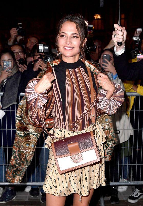 Alicia Vikander Arrives at Louis Vuitton Fashion Show in Paris 10/02/2018