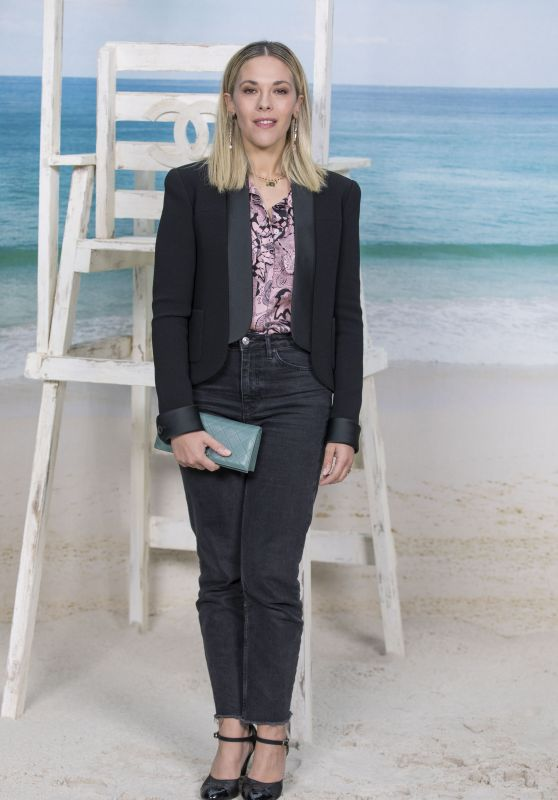 Alysson Paradis – Chanel Collection Show at Paris Fashion Week 10/02/2018