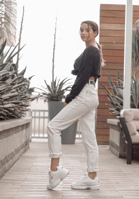 Annie LeBlanc - Personal Pics 10/17/2018