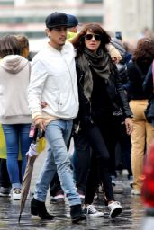 Asia Argento - Out in Florence 10/08/2018