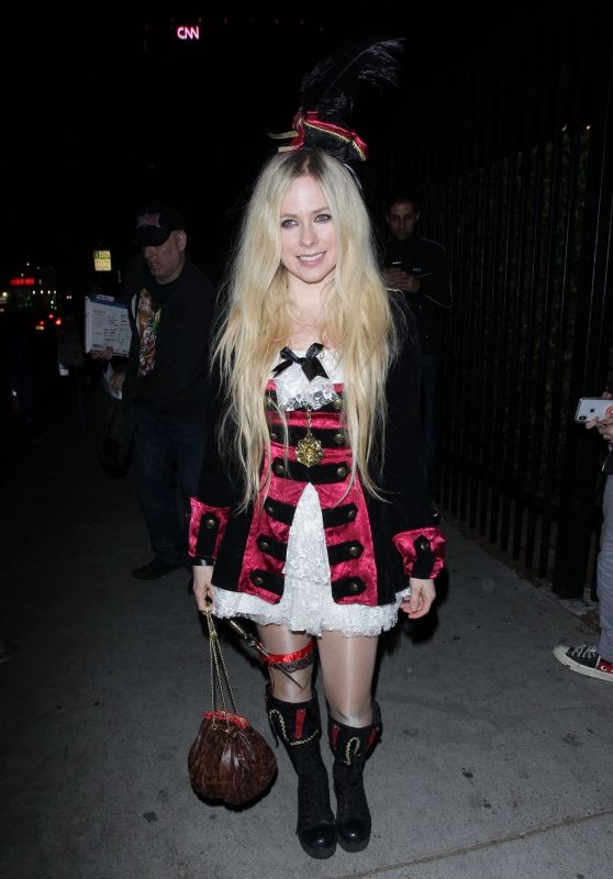 Avril Lavigne – Just Jared's Halloween Party 2018