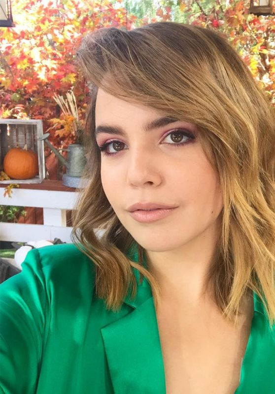 Bailee Madison Personal Pics 10/12/2018