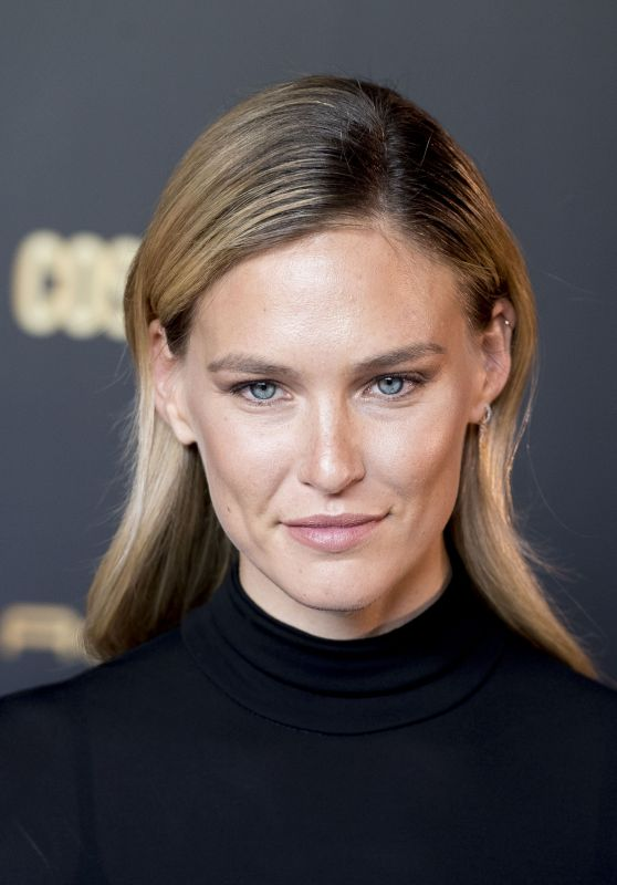 Bar Refaeli - Cosmopolitan Awards 2018 in Madrid