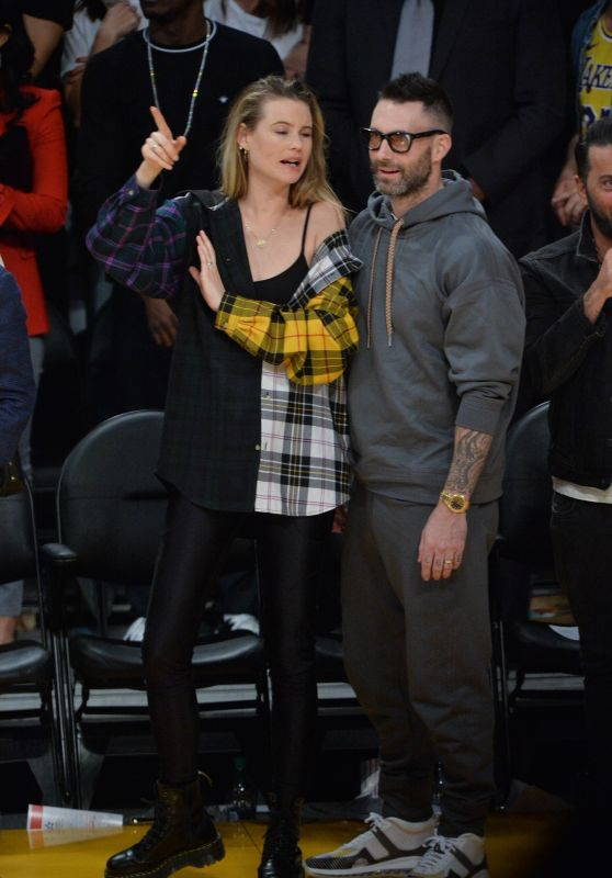 Behati Prinsloo and Adam Levine - Lakers vs Rockets Game in LA 10/20/2018