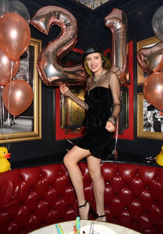 Bella Thorne Celebrate Her 21st Birthday in Las Vegas