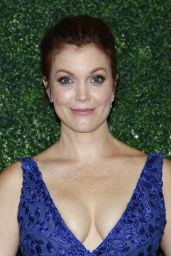 Bellamy Young - Farm Sanctuary On the Hudson Gala in NY 10/04/2018