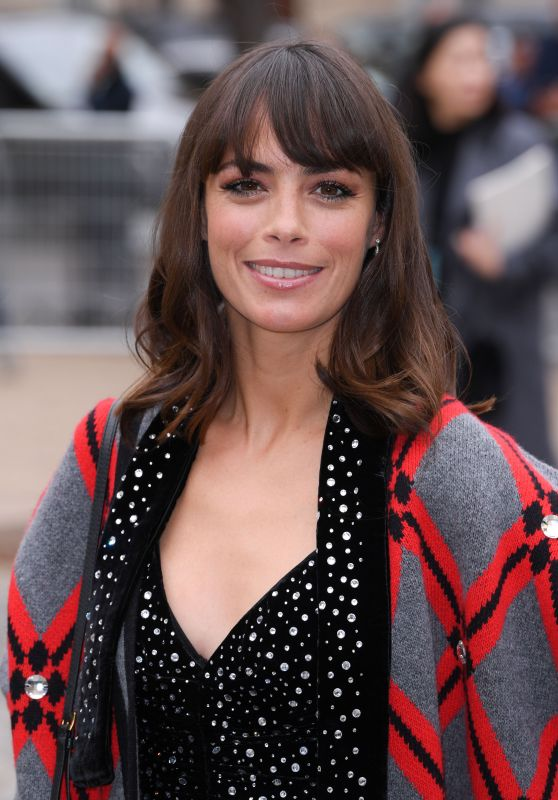 Berenice Bejo - Arrives at Miu Miu Show in Paris 10/02/2018