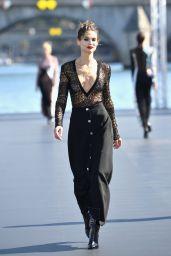 Bianca Balti Walks L'Oreal Fashion Show in Paris 09/30/2018