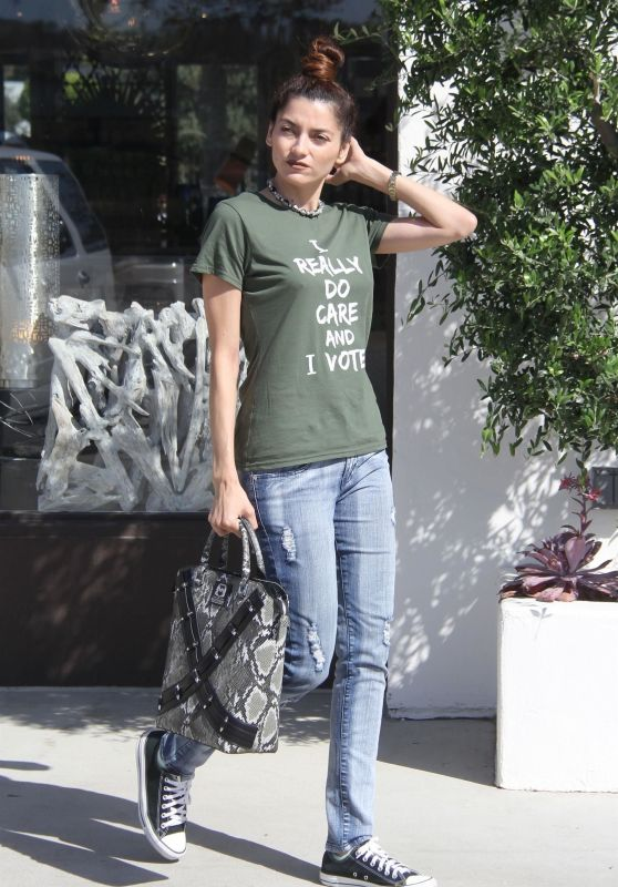 Blanca Blanco Street Style - Malibu 10/07/2018
