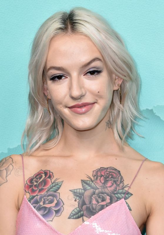Bria Vinaite – 2018 Tiffany Blue Book Collection in NYC