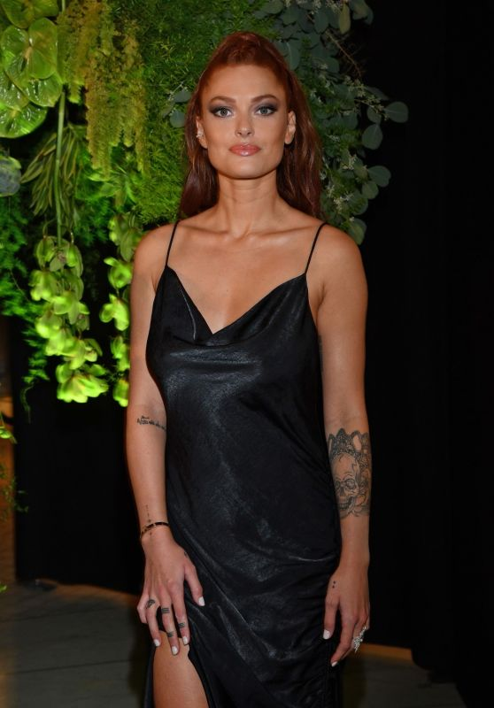 Caroline Receveur - Influencer Award Monaco First Edition Gala Dinner Photocall in Monaco