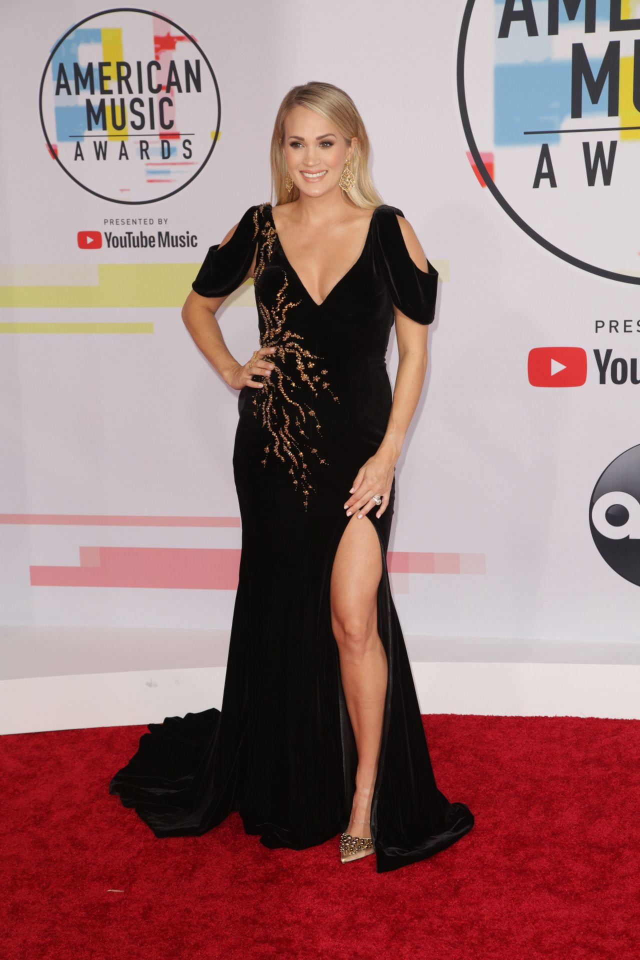 Carrie Underwood At 2018 American Music Awards at