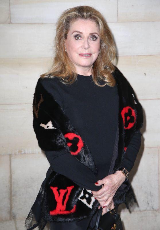 Catherine Deneuve – Louis Vuitton Show, Paris Fashion Week 10/02/2018