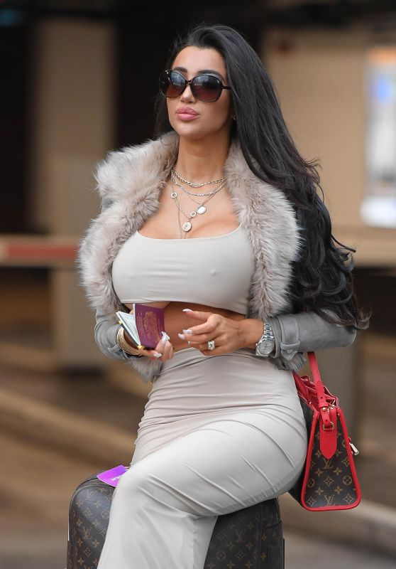Chloe Khan Arriving at John Lennon Airport in Liverpool 10/09/2018
