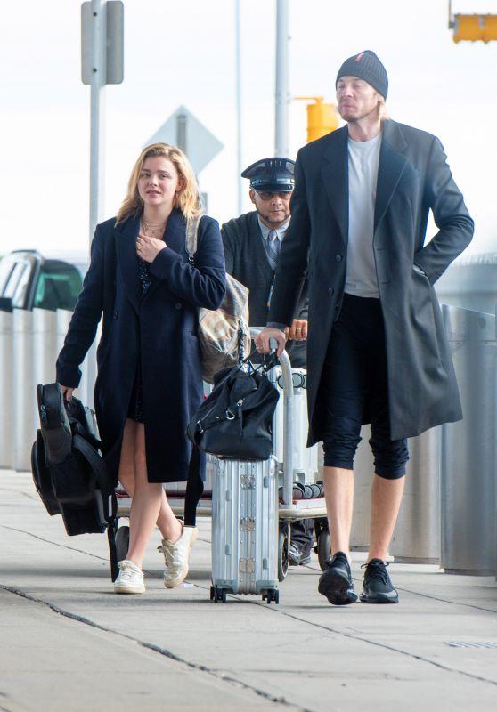 Chloë Moretz With Her Brother Trevor at JFK Airport 10/12/2018