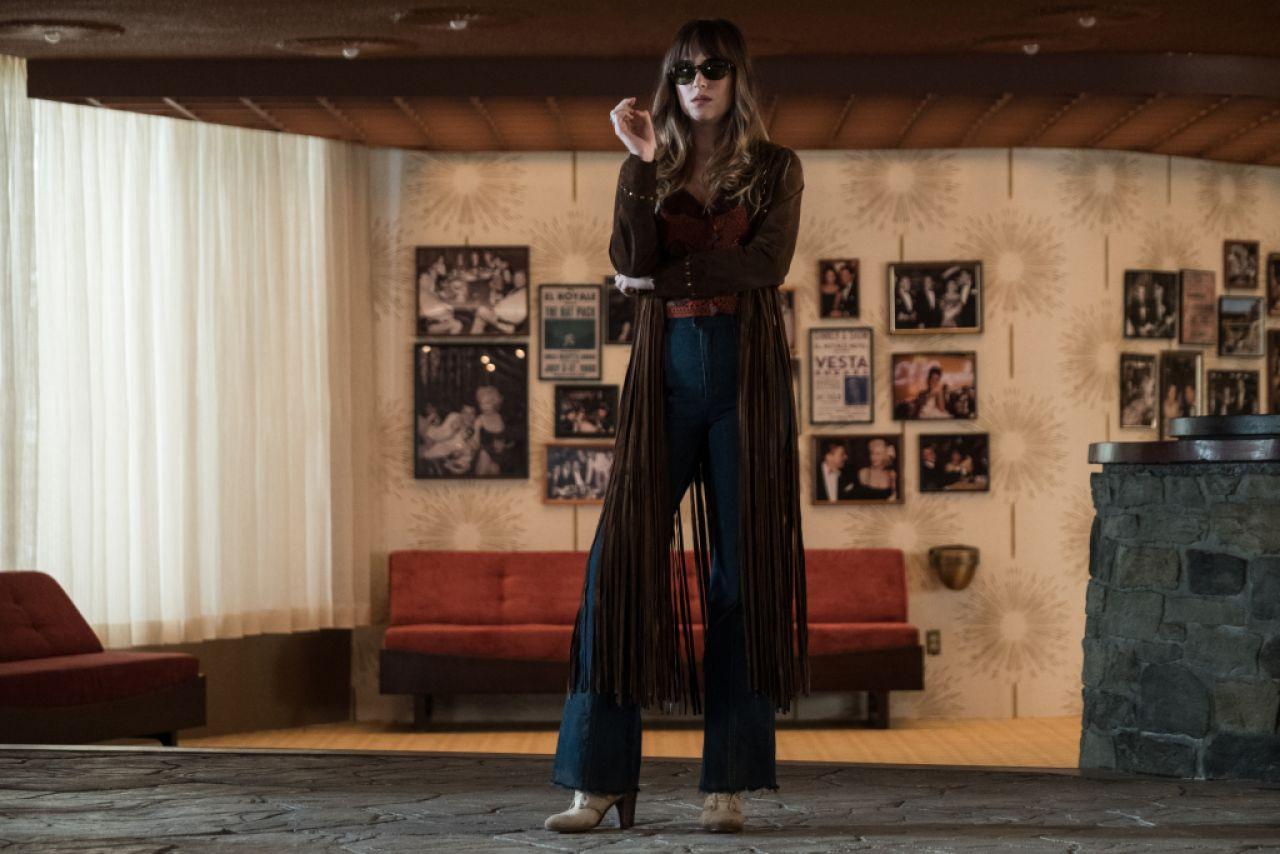 """Dakota Johnson – """"Bad Times at the El Royale"""" Photos and ..."""