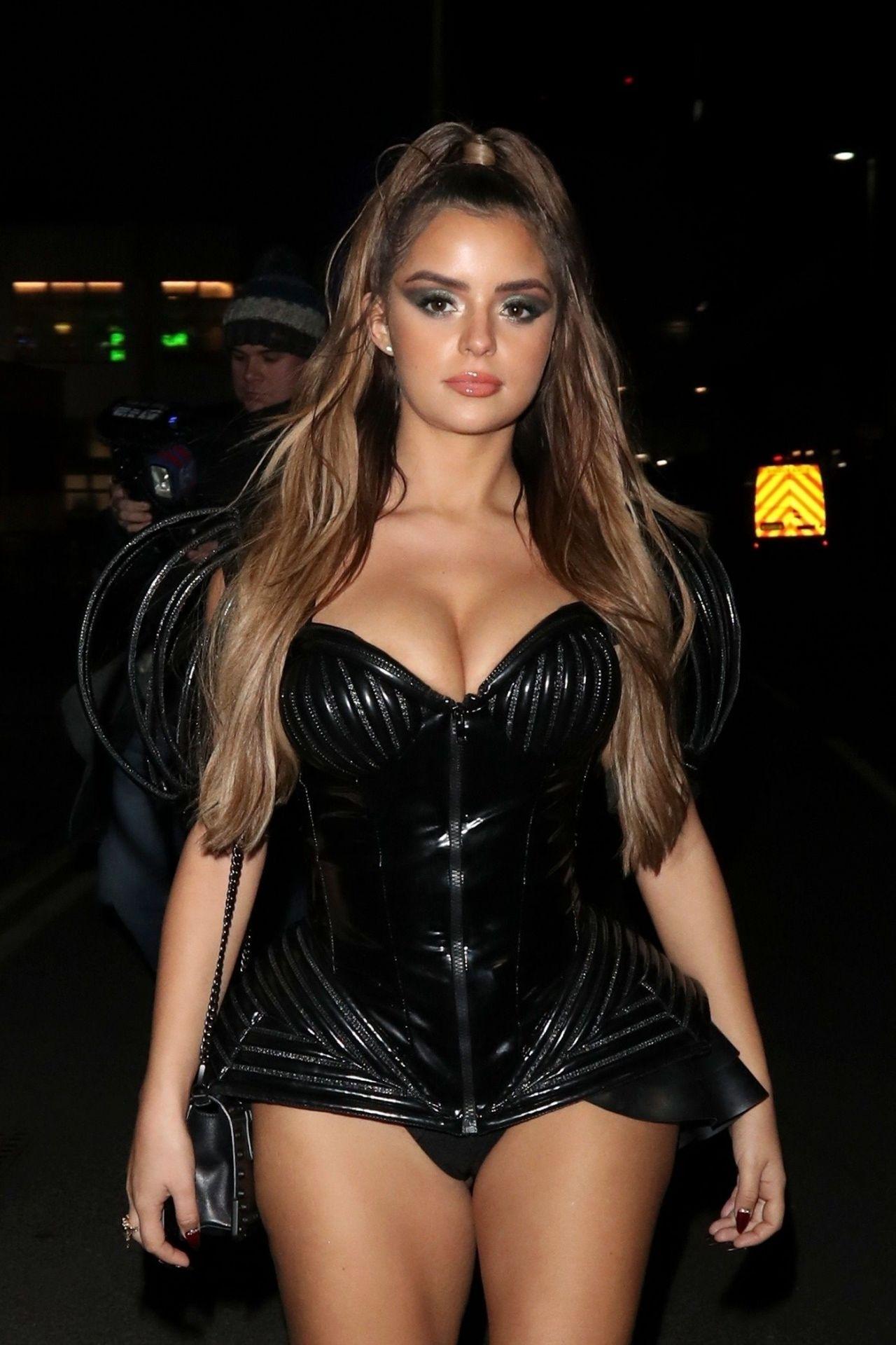 Sexy latex dress out in public in birmingham - 4 8