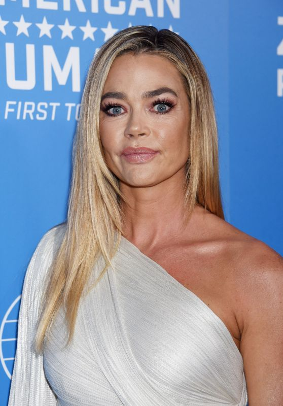 Denise Richards – 2018 American Humane Dog Awards in LA