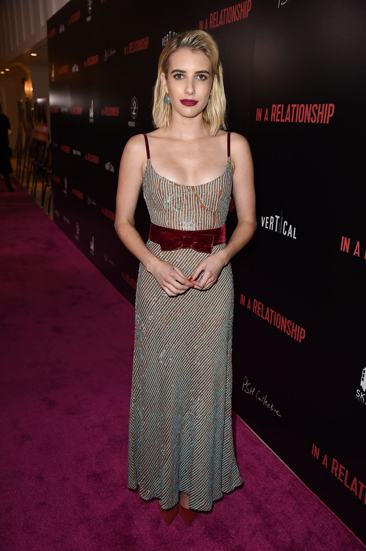 https://celebmafia.com/wp-content/uploads/2018/10/emma-roberts-in-a-relationship-premiere-in-west-hollywood-8.jpg