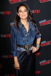 """Emmanuelle Chriqui - """"The Passage"""" Panel at the 2018 NYCC"""