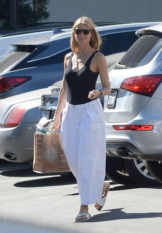 Gwyneth Paltrow Street Style 10/21/2018