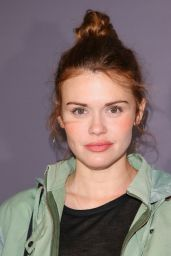"Holland Roden – ""National Geographic Photo Ark"" Exhibit in Century City 10/11/2018"