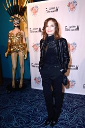 Isabelle Huppert – Fashion Freek Show, PFW in Paris 09/28/2018