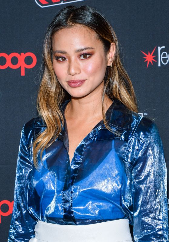 """Jamie Chung - """"The Gifted"""" Photocall at NYCC 2018"""