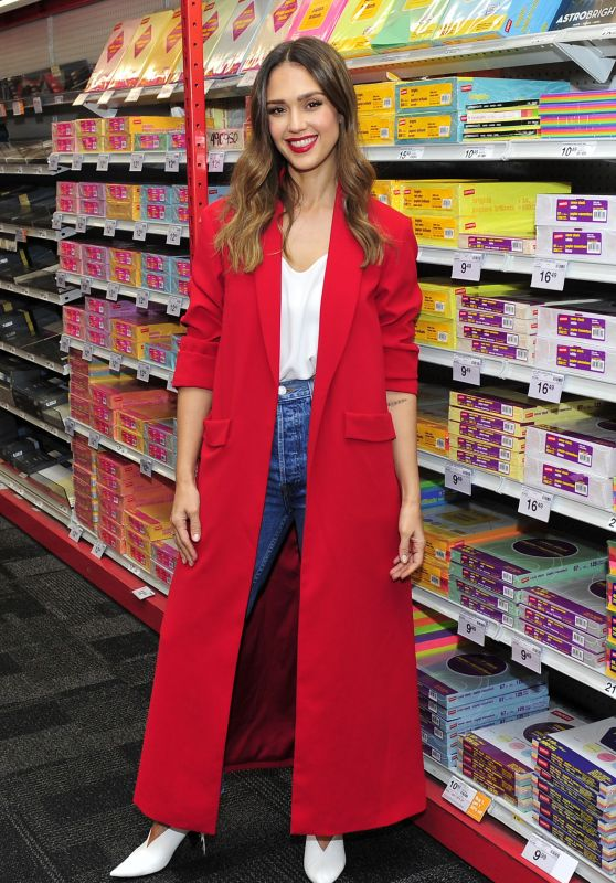 Jessica Alba at The Staples Chain in LA 10/30/2018