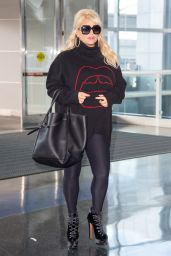 Jessica Simpson - Arrives at JFK Airport in NYC 10/12/2018