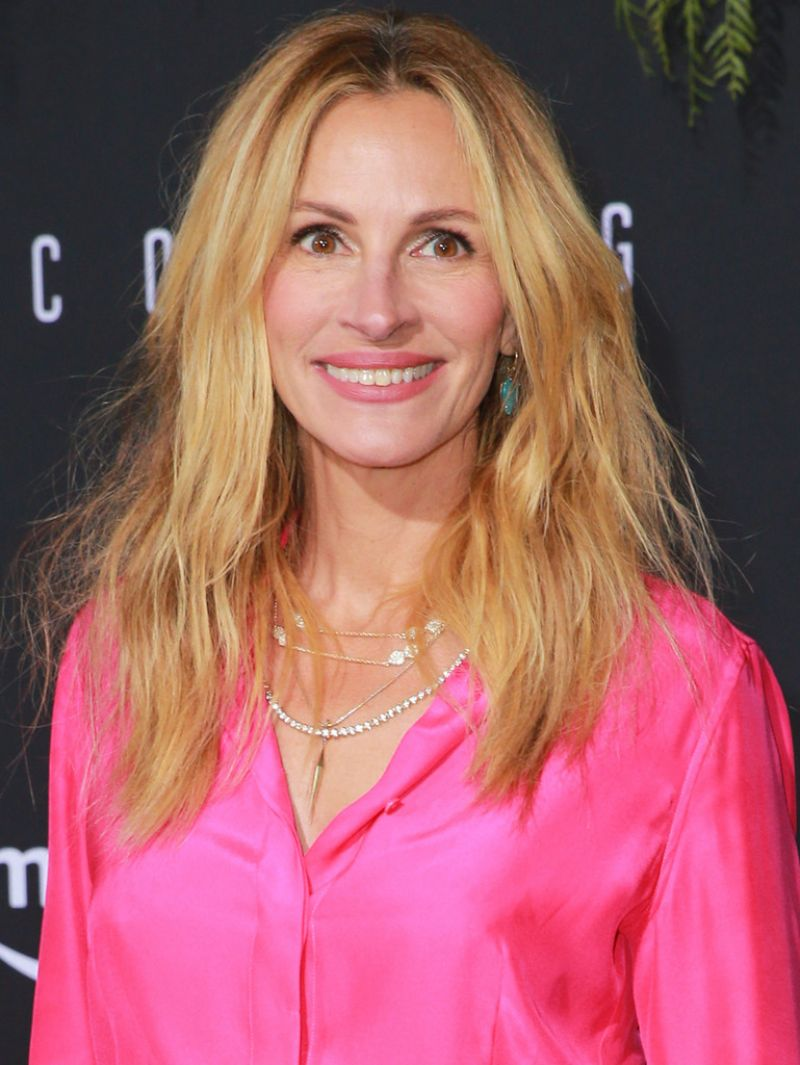 Julia Roberts Quot Homecoming Quot Premiere In La