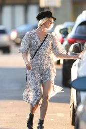 Julianne Hough - Out in Los Angeles 10/21/2018
