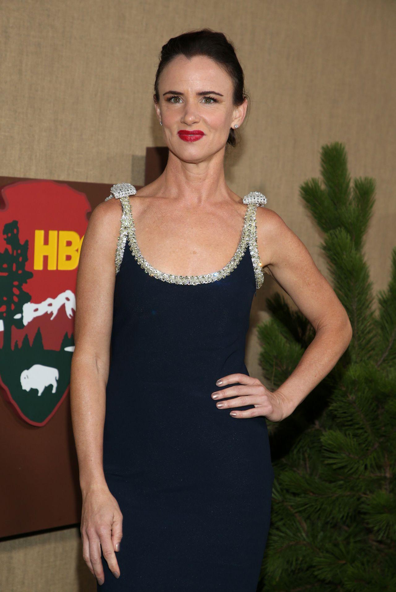 "Juliette Lewis - ""Camping"" Premiere in LA • CelebMafia"