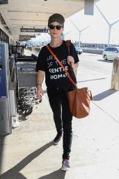 Juliette Lewis - LAX Airport in Los Angeles 10/19/2018