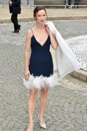 Juliette Lewis – Miu Miu Show at Paris Fashion Week 10/02/2018