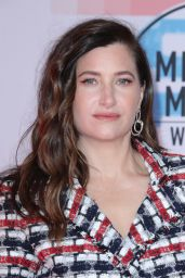 Kathryn Hahn – 2018 American Music Awards in Los Angeles