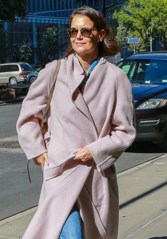Katie Holmes - Leaving a Cab in NYC 10/17/2018