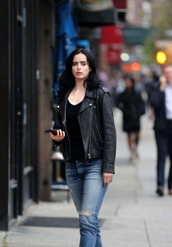 "Krysten Ritter – ""Jessica Jones"" Set in NY 10/17/2018"