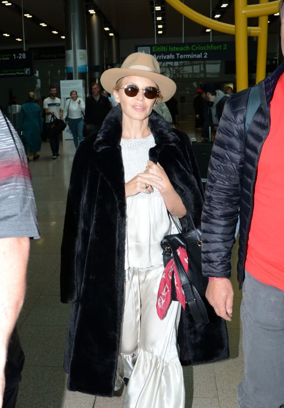 Kylie Minogue - Arriving at Dublin Airport 10/05/2018