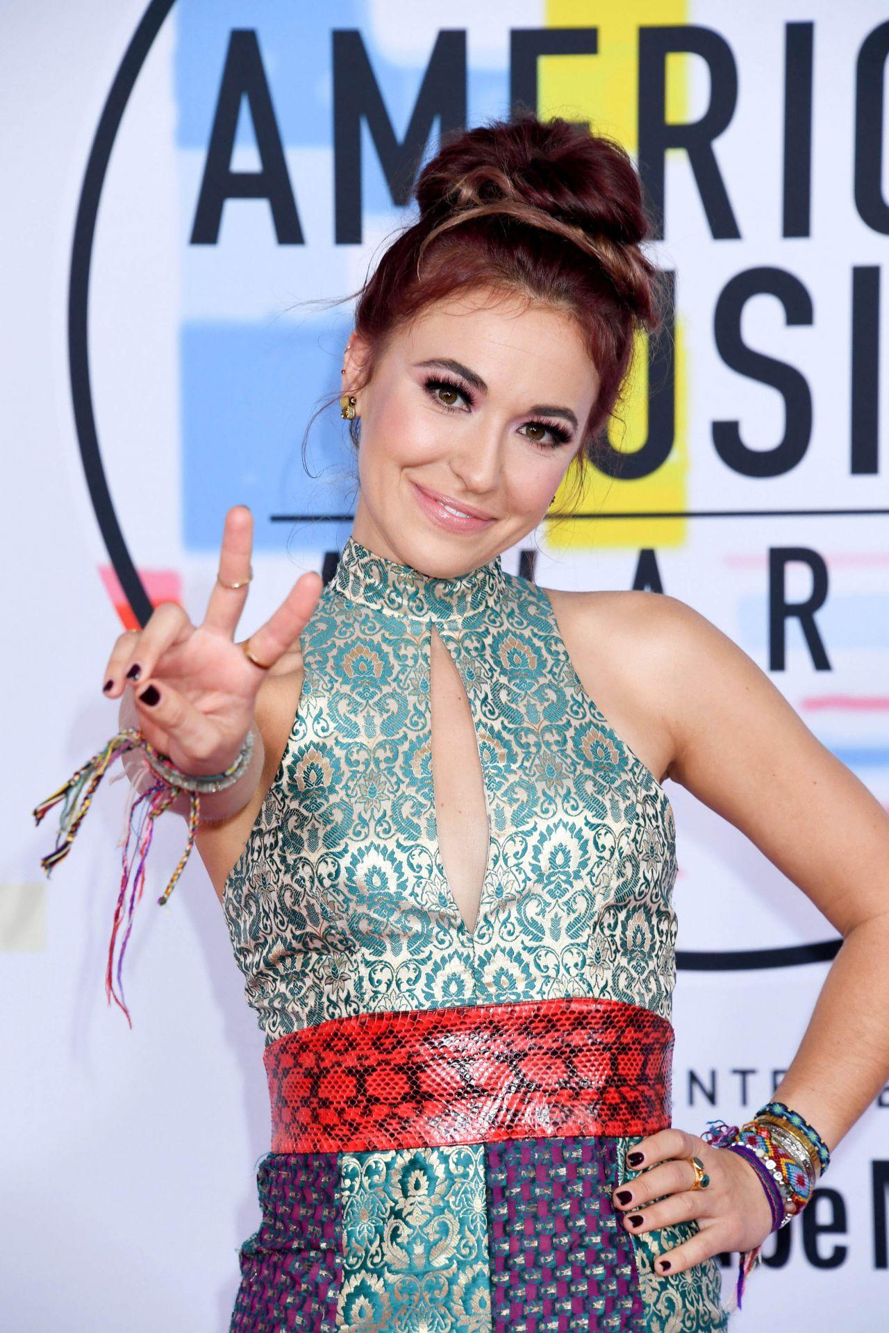 Lauren Daigle - 2018 American Music Awards in Los Angeles