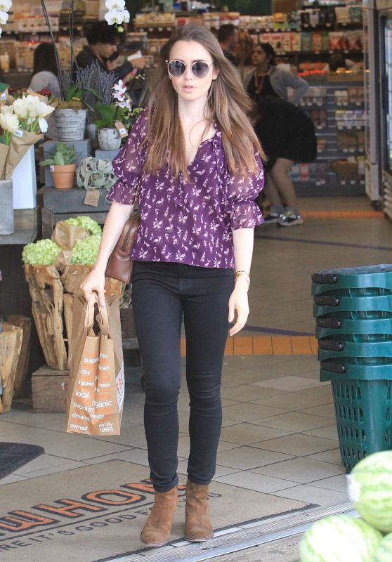 Lily Collins - Shopping in LA 10/02/2018