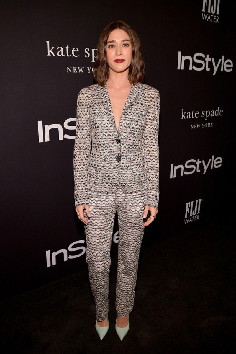 Lizzy Caplan – 2018 InStyle Awards
