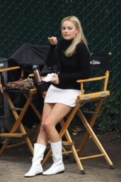 "Margot Robbie - ""Once Upon a Time in Hollywood"" Set 10/14/2018"