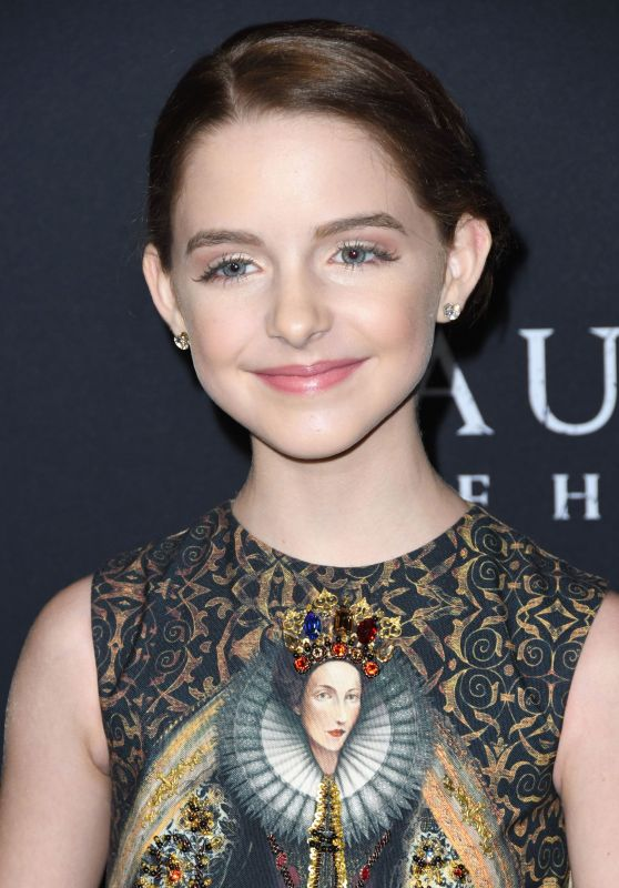 """Mckenna Grace - """"The Haunting of Hill House"""" Premiere in Hollywood"""