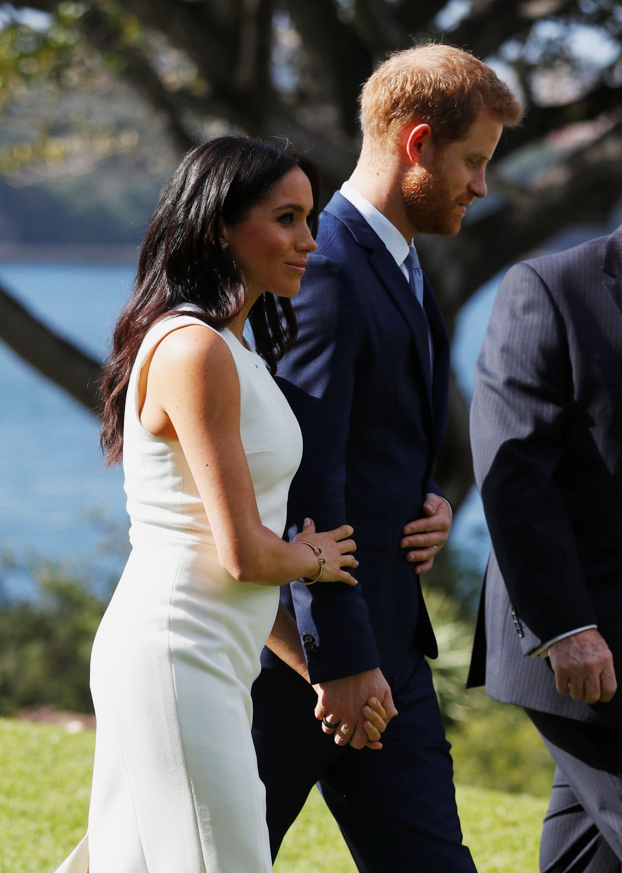 meghan markle and prince harry admiralty house in sydney 10 16 2018. Black Bedroom Furniture Sets. Home Design Ideas