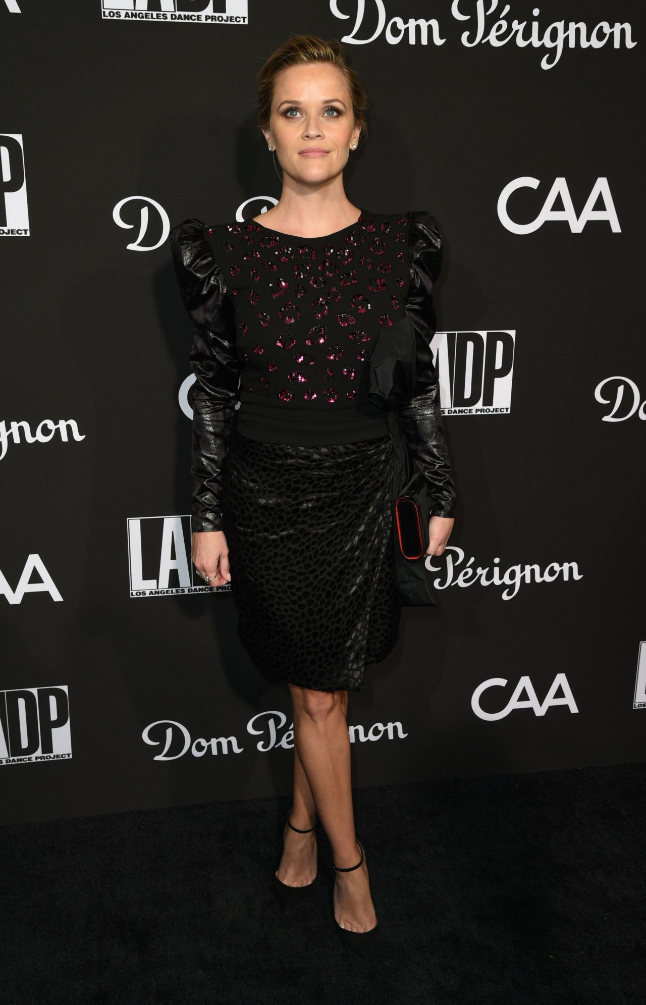 https://celebmafia.com/wp-content/uploads/2018/10/reese-witherspoon-ladp-dance-project-gala-2018-2.jpg