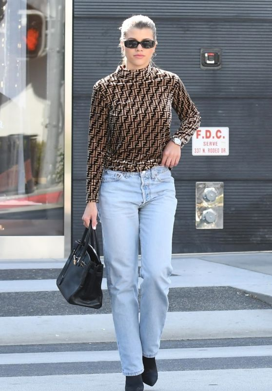 Sofia Richie Leaving the Prada Store in Beverly Hills 10/12/2018